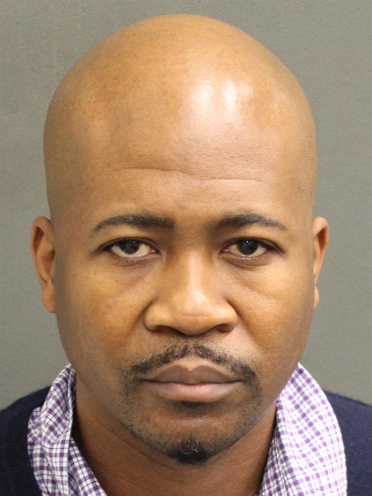 JOHNNY BERNARD III MOORE Mugshot / County Arrests / Orange County Arrests