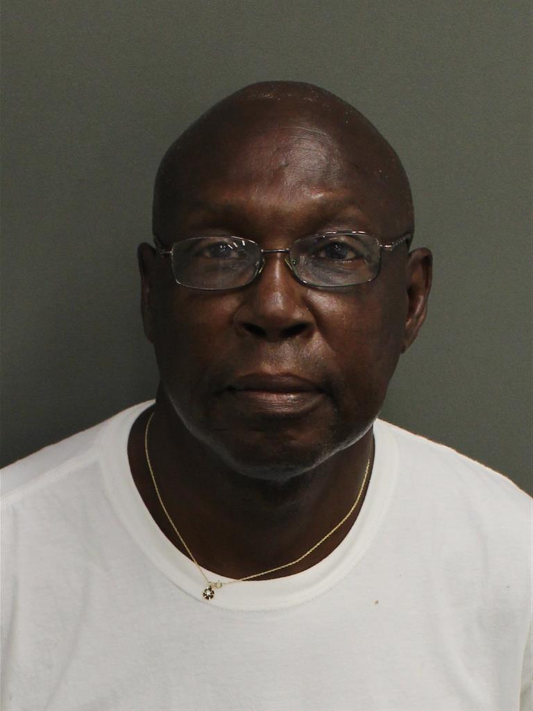 WILLIE C ROBINSON Mugshot / County Arrests / Orange County Arrests